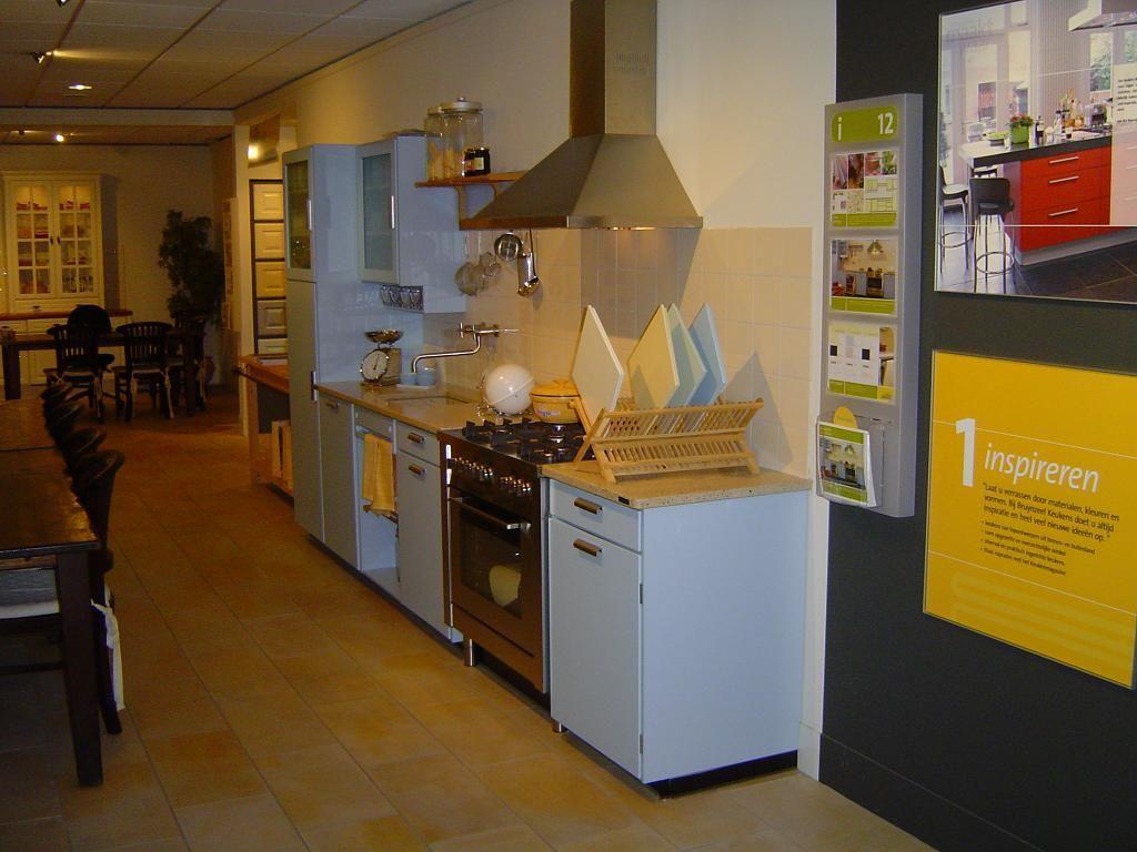 Piet Zwart Keuken Bruynzeel : piet zwart hemelsblauw 36557 nieuwe piet zwart keuken gebaseerd op het