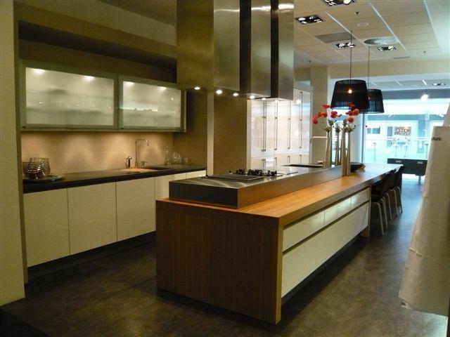 Keuken Zonder Bovenkast : SieMatic Showroomkeukens Siematic showroomkeuken aanbiedingen